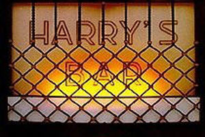 www.harrysbarvenezia.com