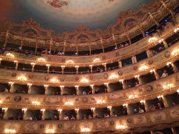 www.teatrolafenice.it